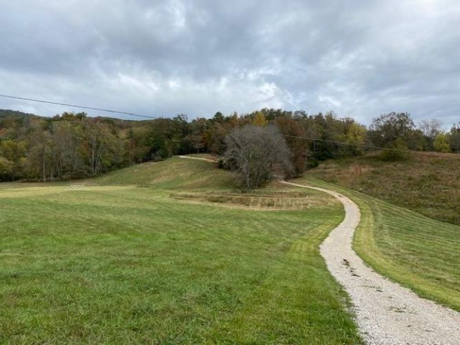 81 Ac Whites Cave, Sparta, TN 38583 - Image 1